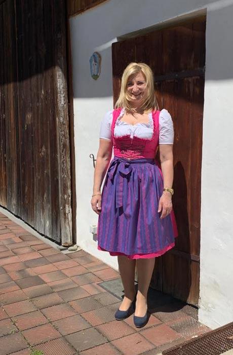 Annette Tomas | Vermietung Tenne Wagnerhaus Oberhaching